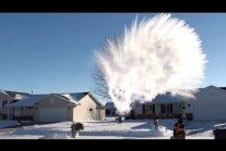 Making Snow with Boiling Water *HUGE MPEMBA EFFECT
