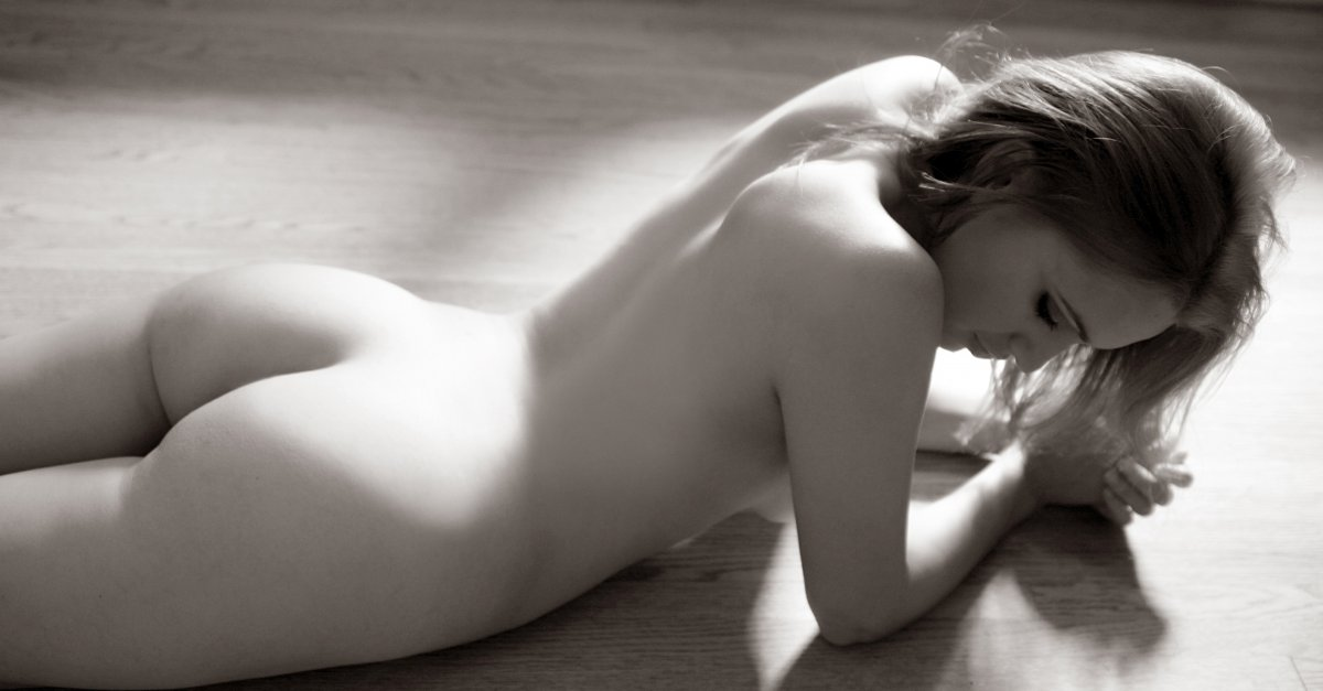Soft nude art print by cainaphotography