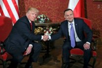 Iranians will not forget treason by Poland