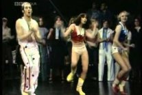 Rick Dees and his Cast of Idiots - Disco Duck  TOTP ( 1976...
